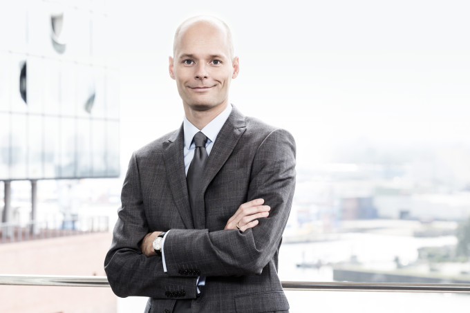 Dr. Arne Lambrecht